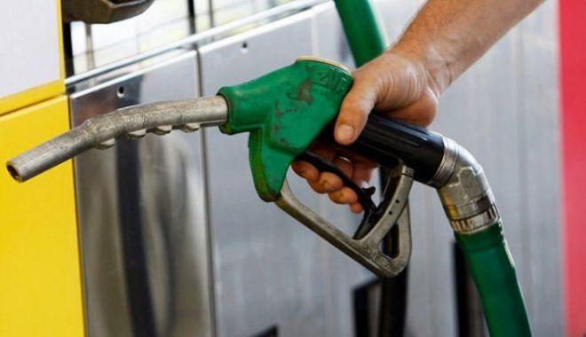 Foto: Metodă ingenioasă de a fura combustibil din benzinării, probată de un constănțean!