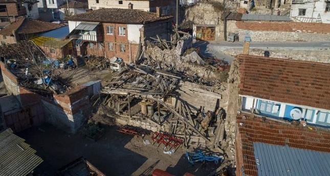 Foto: CUTREMUR DE 6,8 GRADE ÎN TURCIA! Pierderi omenești și pagube materiale importante