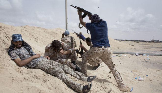 Promisiuni deșarte… Embargoul asupra livrărilor de arme către Libia, încălcat - ddd-1580029426.jpg