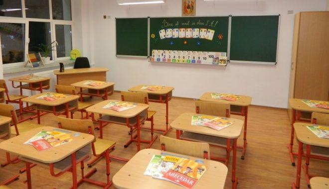 Noi unități de învățământ își suspendă cursurile, din motive sanitare - ddd-1580116049.jpg