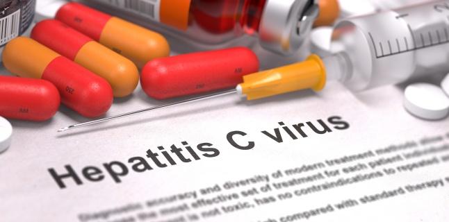 Foto: Bolnavii de hepatită C nu mai au răbdare! Data reluării programului cu interferon free, incertă