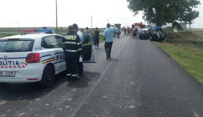 Foto: A făcut preinfarct la volan! Accident cu trei victime