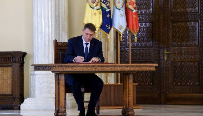 Foto: Procurori eliberați din funcție de președintele Iohannis