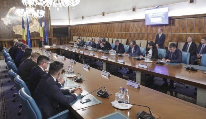 Foto: Cabinetul Orban II, aprobat în unanimitate de Biroul Executiv al PNL