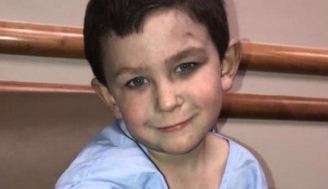 Foto: Copil de 5 ani, erou în SUA! Va deveni pompier onorific