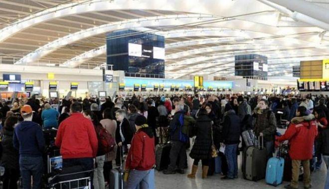 Românii din Italia, îndemnați să nu revină în țară: