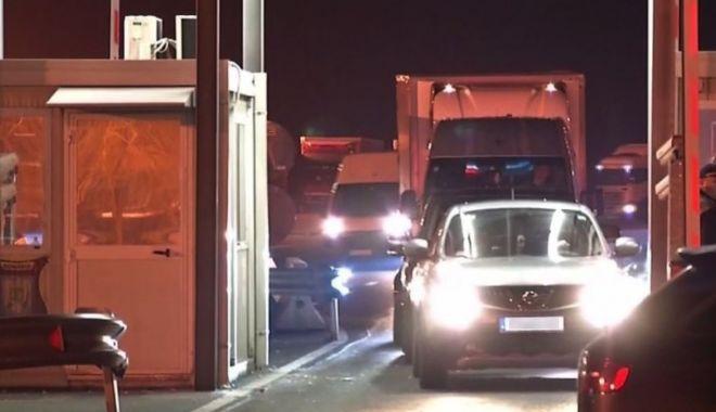 Foto: Rută de tranzit pentru românii blocați la granița austro-ungară