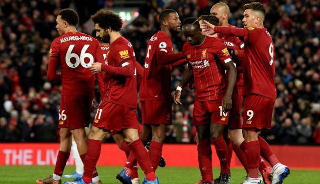 Foto: Performanță incredibilă pentru Liverpool: 18 victorii consecutive!
