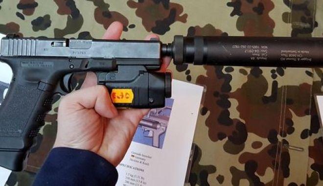 Foto: Contrabanda cu amortizoare de arme, în vizorul Poliției