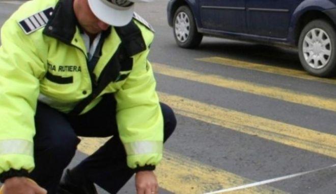Foto: Nici pe trecere nu ești în siguranță… Femeie lovită mortal de mașină