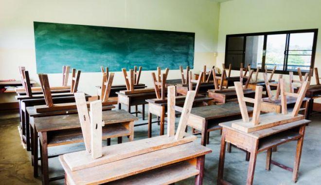 Foto: Surse: Toate școlile din România se închid până după Paște