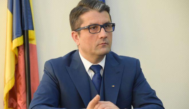 Foto: Primarul Decebal Făgădău nu va participa la dezbateri cu contracandidații din alegeri