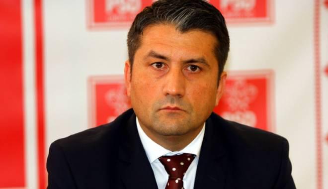 Decebal Făgădău, noul primar al Constanței. Acesta le-a cerut liberalilor să propună un viceprimar! - decebalfagadauapreluat5142841818-1433752044.jpg