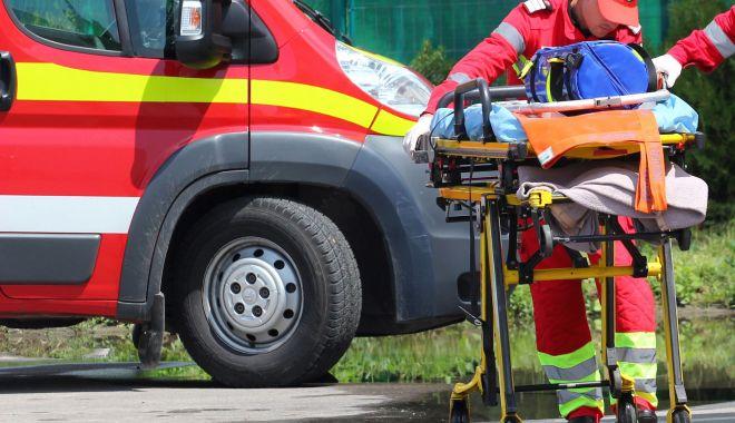 Foto: Șofer mort în parcarea unui magazin, pe varianta Constanței