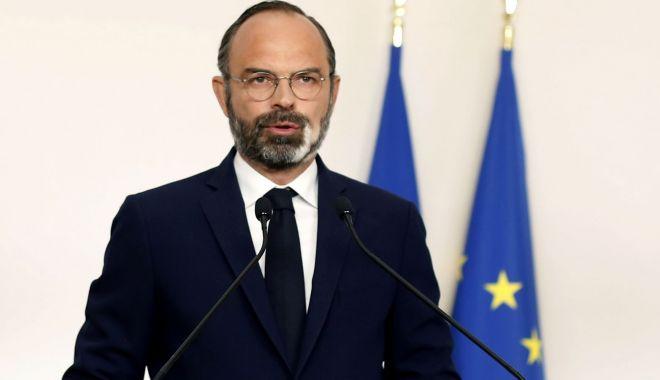 Prim-ministrul francez: Relaxarea măsurilor de izolare poate duce la un al doilea val de infectări cu coronavirus - deconfinementlesderniersdetailsd-1588084121.jpg