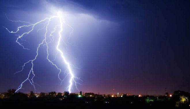 Foto: Avertizare ANM de vreme severă! Cod galben de instabilitate atmosferică accentuată