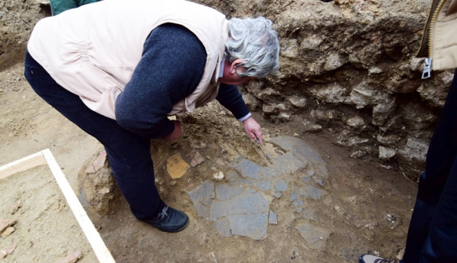 """Foto: Noi descoperiri arheologice, la Constanța.  """"Deocamdată nu se știe cărui tip de edificiu aparțin"""""""