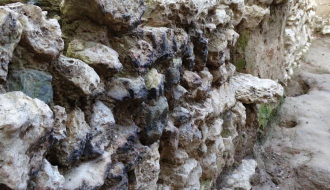 Noi descoperiri din perioada romană  în Cetatea Tomis. Ce au găsit arheologii - descoperiri2-1515428005.jpg