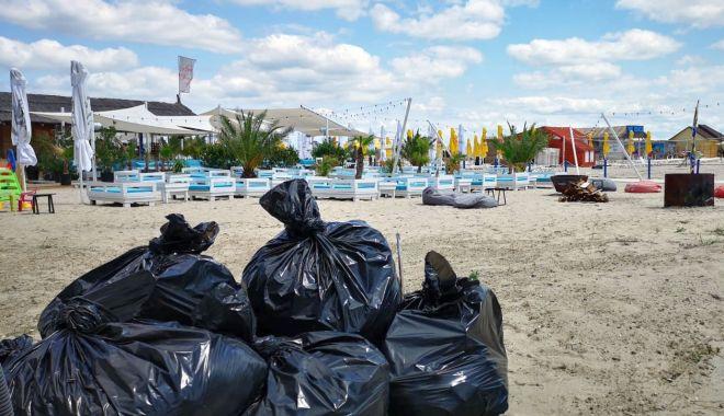 Foto: Deșeurile din stațiunea Mamaia, colectate doar noaptea!