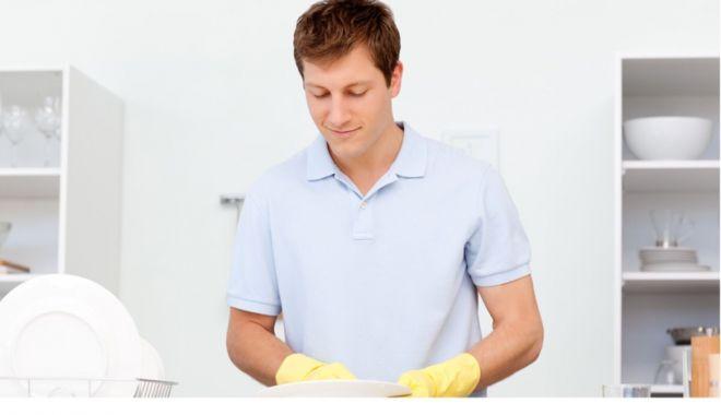 Detergentul de vase Fruxxie… - detergentul-1593000880.jpg