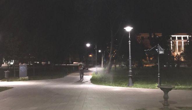 Acțiuni de dezinsecție, la noapte, în mai multe zone din Constanța - dezinsectie-1594728986.jpg