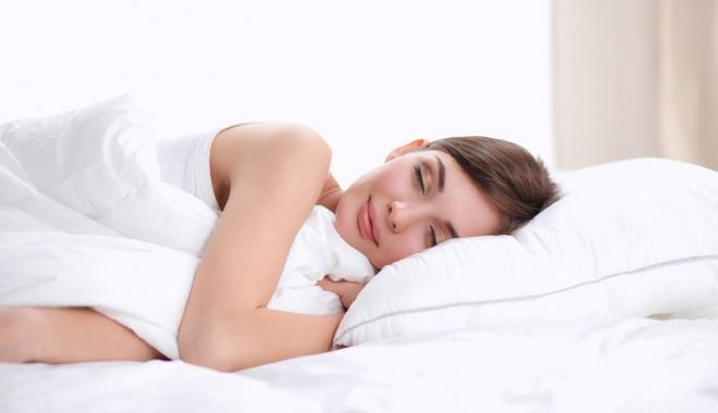 Foto: Top 3 alimente care te ajută să dormi perfect