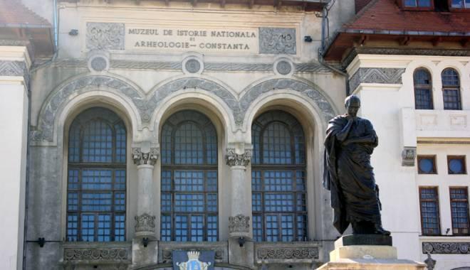 Semnal de alarmă! Monumentele istorice din Constanța se prăbușesc - directoriireclama12-1429807141.jpg