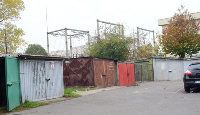Foto: Dispar garajele din Constanța!  63 au fost deja demolate