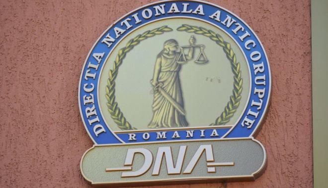Foto: Fraudă cu fonduri europene, în atenția DNA Constanța