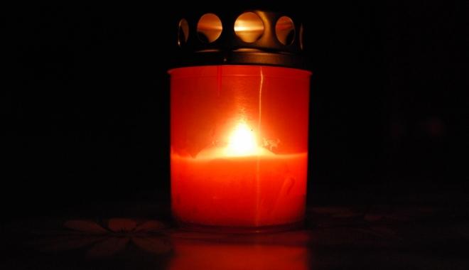 DOLIU în învățământul constănțean. A murit un profesor renumit - doliu-1488986357.jpg