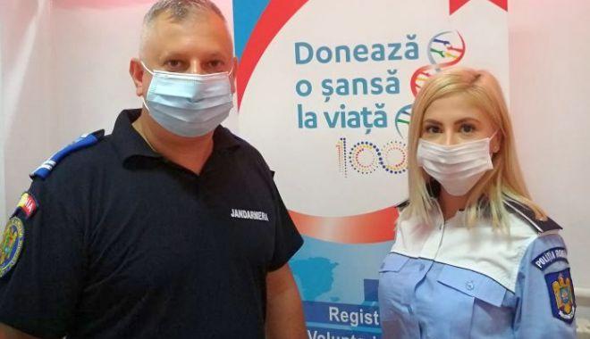 Polițiștii și jandarmii din Constanța, donatori de sânge - donaresange111-1591952727.jpg