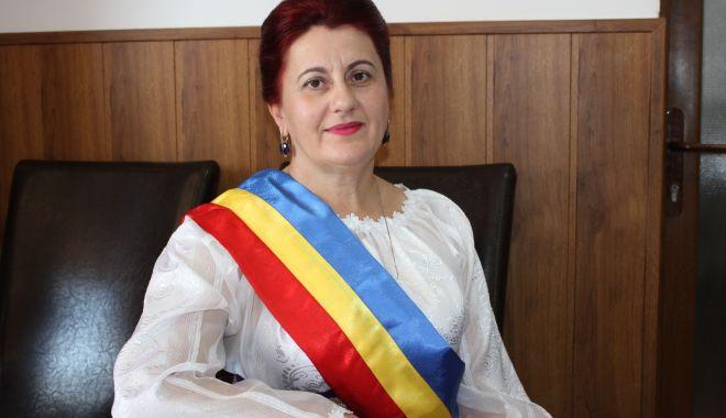 """Primarul din Saraiu, Dorinela Irimia, planuri pentru 2021. """"Am intrat în noul an cu gânduri bune"""" - dorinelairimiasaraiu-1610047897.jpg"""