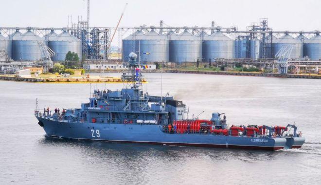 """Foto: Dragorul maritim """"Lt. Dimitrie Nicolescu"""", misiune internațională în Marea Neagră"""