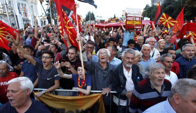 Foto: Dreapta naționalistă din Macedonia protestează față de schimbarea numelui țării