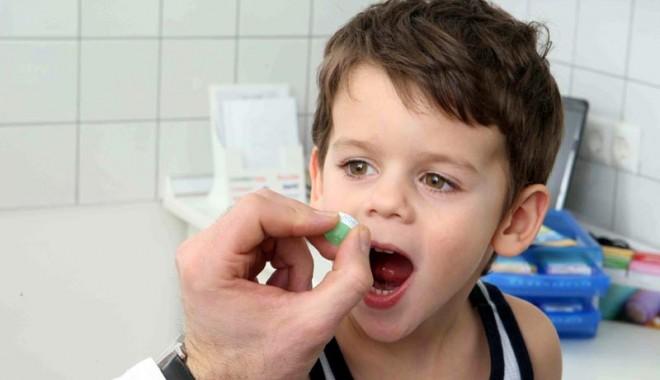 """Foto: Dr. Loti Popescu: """"antibioticele, un real pericol atunci când sunt administrate fără măsură"""""""