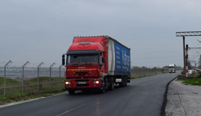 Drumul de acces dintre porțile nr. 7 și 9 ale portului Constanța, modernizat - drumuldeacces1-1573772918.jpg