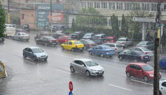 GALERIE FOTO / RUPERE DE NORI la Constanța! CANALIZĂRILE NU MAI FAC FAȚĂ - dsc0779-1494249216.jpg