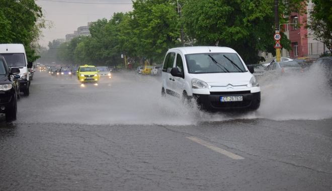 GALERIE FOTO / RUPERE DE NORI la Constanța! CANALIZĂRILE NU MAI FAC FAȚĂ - dsc0837-1494253101.jpg