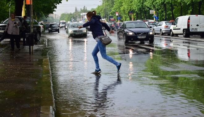 GALERIE FOTO / RUPERE DE NORI la Constanța! CANALIZĂRILE NU MAI FAC FAȚĂ - dsc0882-1494253138.jpg