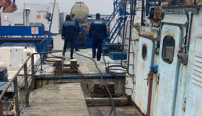 Controale la navele de pe Dunăre: infracțiuni pe bandă rulantă! - dunareactiuni2-1612981443.jpg