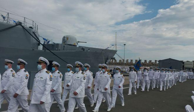 Festivitățile de Ziua Marinei sunt găzduite, anul acesta, de Portul Militar Constanța. GALERIE FOTO - e496cb90253f479b828c93e2f59b25c3-1597480756.jpg