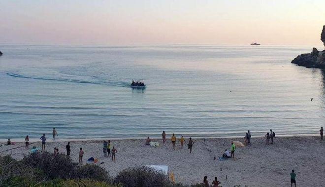 Trupurile neînsuflețite a șapte migranți, găsite plutind pe apă - ea070094839fc6093b2fd1fa74b7fc8c-1574603362.jpg