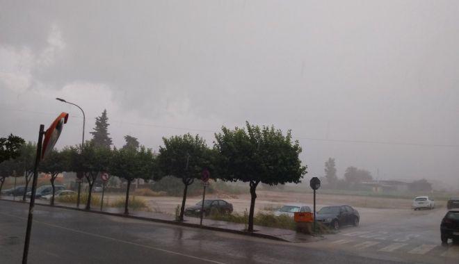 """Foto: Atenționare de călătorie în Spania, din cauza fenomenului meteo extrem """"DANA"""""""