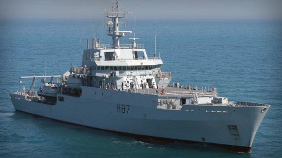 """Foto: Nava maritimă hidrografică britanică HMS """"Echo"""" sosește în portul Constanța"""