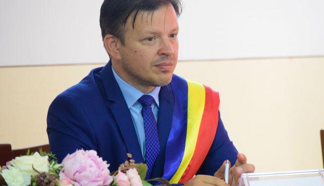 Primarul Viorel Ionescu: