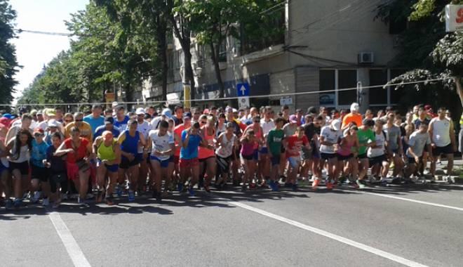 Foto: Cătălin Jitcovici și Antonia Mariș sunt câștigătorii Crosului Olimpic