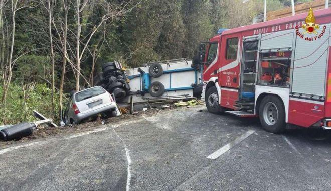 Un șofer român de TIR a fost condamnat în Italia să plătească despăgubiri de 1 milion de euro - eiokz2kwwae09cn-1572771488.jpg
