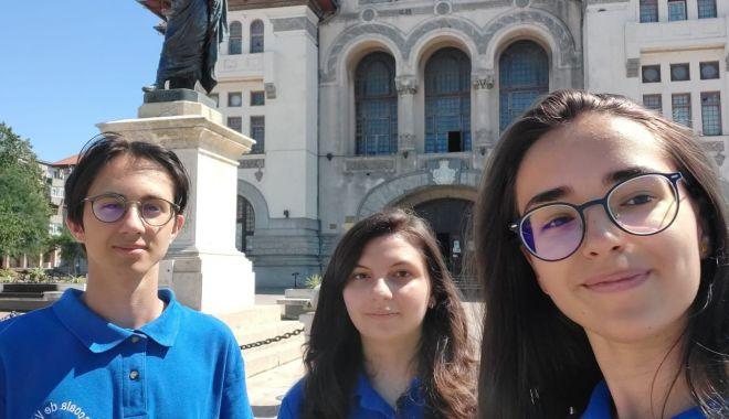 Trei elevi constănțeni participă la Școala de Vară de Știință și Tehnologie de la Măgurele - elevi2-1598788074.jpg