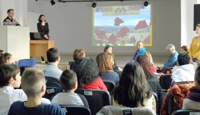 Foto: Elevii din Murfatlar, interesați de oportunitățile din domeniul agricol