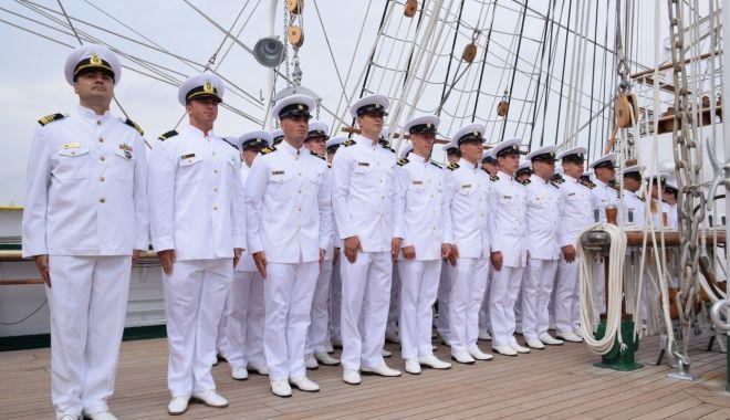 Elevii militari au primit botezul marinăresc - eleviimilitariauprimitbotezul1-1564523084.jpg